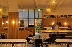 Hoi Polloi is an all day restaurant in the Ace Hotel on Shoreditch High Street. It's a relaxed East London lunch date between freelancers, or dinner for two.