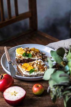Ricotta, Dessert, Acai Bowl, Breakfast, Food, Cinnamon Roll Apple Pie, Oven, Food Food, Recipes