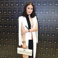 Heart Evangelista Escudero ❤️ Filipina Actress, Filipina Beauty, Classy Style, Classy Chic, Fashion Images, I Love Fashion, Heart Evangelista Style, Power Dressing Women, White Wardrobe