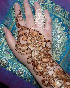 Mehndi Art, Henna Mehndi, Henna Art, Mehendi, Hand Henna, Mehndi Design Pictures, Mehndi Images, Latest Mehndi Designs, Mehandi Designs