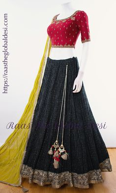 Indian Gowns Dresses, Indian Fashion Dresses, Indian Designer Outfits, Indian Outfits, Indian Designers, Halter Dresses, Indian Clothes, Long Dresses, Stylish Dresses