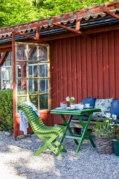 Pergola With Fireplace Swedish Cottage, Red Cottage, Swedish House, Garden Cottage, Diy Pergola, Pergola Design, Gazebos, Diy Terrasse, Garden Yard Ideas