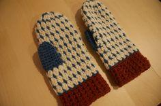 ミトン   Happy knitting
