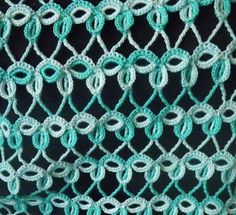 Intriguing #Crochet #Stitch with chart. - Seems easier than it looks and would make a gorgeous shawl!