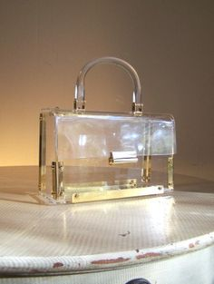 Vintage 1950s Clear Lucite Box Purse