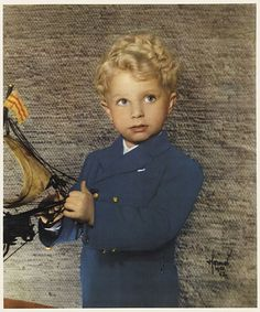 This is a photo of the King of Swedien as a young child. Click on this and you will get a blog full of Swedish history and misc. stuff. Super neat-(Shayna check it out)
