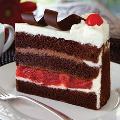 March 28 is National Black Forest Cake Day Gourmet Cakes, Food Cakes, Cupcake Cakes, Köstliche Desserts, Delicious Desserts, Yummy Food, Cake Day, Eat Cake, Cake Recipes