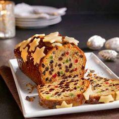 Kipróbált Karácsonyi gyümölcskenyér recept a sütnijó.hu-n. A sütnijó.hu-n több száz kipróbált sütemény receptből válogathatsz, és te is felöltheted kedvenc süteményed. Irish Christmas, Meatloaf, Banana Bread, Deserts, Muffin, Favorite Recipes, Baking, Breakfast, Food