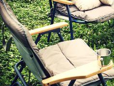 DOPPELGANGER OUTDOOR (ドッペルギャンガーアウトドア) 略してDOD。 ラクジュアリーな一人がけチェア。 ワンハンドキャリーソファワンシーター。 二人がけのソファもあります。 #キャンプ #アウトドア #テント #タープ #チェア #テーブル #ランタン #寝袋 #グランピング #DIY #BBQ #DOD #ドッペルギャンガー