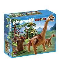 Playmobil - Brachiosaure et son petit - 5231  - marque : Playmobil Après une longue promenade, le brachiosaure et son bébé sont fatigués ! Après un peu de repos, ce sera l'heure de manger le feuillage des arbres ! Brachiosaure avec son bébé... prix : 39.99 €  chez Toys R us #Playmobil #ToysRus