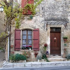Avignon, France.... i could easy live in southern france