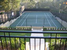If using traditional chain fencing, clearly the landscaping leading up to it makes all the difference in the world (duh). I don't hate this one. Tennis Party, Tennis Clubs, Home Projects, Solar, Landscape, World, Outdoor Decor, Indian Army, Decking
