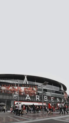 Arsenal Soccer, Arsenal Fc, Arsenal Wallpapers, Soccer Players, Club, Places To Go, Soccer Stuff, Football, Random