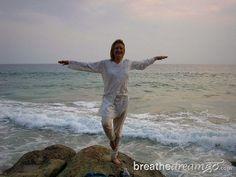 Mariellen Ward, Kerala, India, Arabian Ocean, beach, yoga