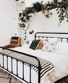Black bed with greenery, white walls and wood. Scandinavian interior Black bed with lots of green, white walls and wood. Scandinavian interior Nordic interior Ideas for the home office Work Read Room Interior, Interior Design Living Room, Nordic Interior, Interior Decorating, Decorating Ideas, Scandinavian Interior Bedroom, Decorating Websites, White Bedroom Furniture Modern, Decorating White Walls