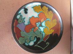 Online veilinghuis Catawiki: Plateelbakkerij Schoonhoven - (wand)bord met decor Papaver Dutch, Decorative Plates, Pottery, Tableware, Home Decor, Art Nouveau, Ceramica, Dinnerware, Dutch People