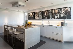 Powell & Bonnell created a minimalist gallery-like home that showcases our client's ever-expanding collection of contemporary art. www.powellandbonnell.com #unique #elegant #luxury #sophisticated #photooftheday #luxuryrealestate #instagood #picoftheday #homedecor #dreamhouse #hgtv #goals #decor #gorgeous #inspiration #Toronto #beautiful #beauty #interiordesign #luxe #handmade #highend #furniture #lighting #textiles #home #interiordesign #design #craftsmanship #quality