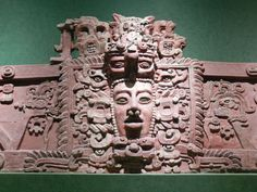 A Maya mask at National Museum of Anthropology in Mexico City. Tomb of an ancient king, who is believed to have laid the foundation of the Mayan civilisation has been found in Guatemala. Tikal, Architecture Maya, Ancient Maya Art, Maya Civilization, Guatemala, Mesoamerican, Grand Palais, Mayan Ruins, Honduras