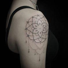 #sunama #todayisagoodday #dharmartattoo #astatuistas #mandala #estudiotattooink #tattooink @estudiotattooink