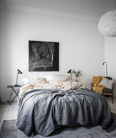 Bedroom with warm accents - What Makes a Home - Minimalismus Bedroom Sets, Dream Bedroom, Home Decor Bedroom, Modern Bedroom, Bedding Sets, Master Bedroom, Scandinavian Bedroom, Scandinavian Design, Minimalist Room