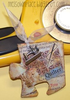 TUTORIAL (PDF) Make an Altered Art Puzzle Piece Magnet. I wish this tutorial was still available.