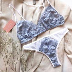 @monet_uw в Instagram: «🌿Комплект за 50 рублей? ⠀ 🌿Да! И сегодня кое что новенькое 🌿 Комплект из сеточки с кружевом. Сеточки лучшего качества я ещё не встречала…» Lingerie Shoot, Bridal Lingerie, Women Lingerie, Hot Outfits, Fashion Outfits, Sexy Pajamas, Cute Underwear, Girls Wear, Bralettes