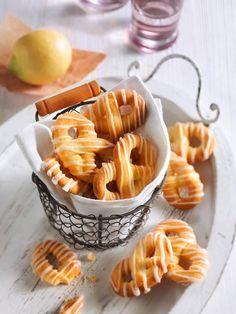 Zartes Buttergebäck mit erfrischend zitronigem Geschmack – die Brezeln sind ein…