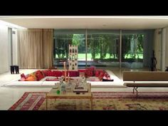 Great 4 minute video on the Saarinen Miller House with interiors by Alexander Girard and landscape design by Daniel Urban Kiley.  So stunning.