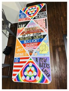 Custom Beer Pong Tables, Beer Table, Diy Table, Drinking Games For Parties, Drinking Board Games, Fun Party Games, Diy Painting, Cooler Painting, Party Time