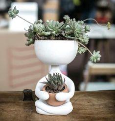 ceramic art Garden Art Ceramic Pottery 66 New Ideas Cacti And Succulents, Planting Succulents, Potted Plants, Indoor Plants, Planting Flowers, Succulent Planters, Indoor Garden, Garden Pots, Garden Ideas