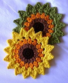 Sunflower Coasters and Placemats - Free Crochet Pattern by Happy Heart Fiber Ar . Sunflower Coasters and Placemats - Free Crochet Pattern by Happy Heart Fiber Art. , Sunflowers Coasters and placemats - free crochet pattern by Happy . Crochet Potholders, Crochet Motifs, Crochet Flower Patterns, Crochet Flowers, Knitting Patterns, Crochet Placemats, Potholder Patterns, Crochet Mandala, Doily Patterns
