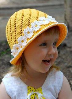 Creative DIY Adorable Crochet Flower Hats for Little Girls