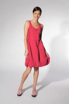 The Travel Dress. In hibiscus. Barbara Lesser. LA, California.