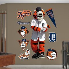 Detroit Tigers Mascot - Paws my little guy MUST have0