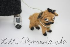 Mops Molly - Dog needle felted Lilli Pomerin