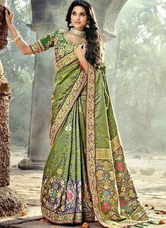 Designer Indian ethnic Pattern work Silk Saree Blouse For Women Party sari Latest Indian Saree, Indian Sarees, Banarasi Sarees, Lehenga, Vert Olive, Olive Green, Stylish Sarees, Ethnic Wear Designer, Designer Clothing