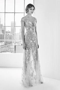 Zuhair Murad's Spring 2018 Bridal Line is Made for a Princess Zuhair Murad Mariage, Zuhair Murad Bridal, Flower Dresses, Bridal Dresses, Designer Wedding Dresses, Wedding Gowns, Bridal Looks, Bridal Style, Indian Bridal