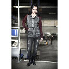 Veste zippée à capuche signée Black Premium by EMP :  - effet cold-dye - manches de couleur contrastée - capuche avec cordon de serrage - 2 poches latérales - finition en bord-côtes sur le bas des manches et la base - doublure en polaire