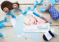 Busy new parent? Here are a few tips that makes sending birth announcements convenient and easy. #baby