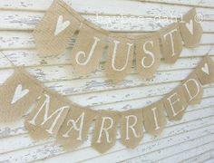 BANNIÈRE de toile de jute  Just Married bannière par FrannyChicago, $26.99