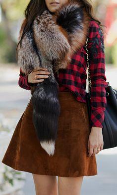 Fox scarf and suede skirt by #ADAMOFUR  #fashiondetails #suede #foxscarf #furscarf #skirt #boho #70s