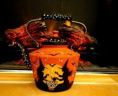 ANTIQUE HALLOWEEN WITCHES  BLACK CATS **BATS* ORNATE SOLID COPPER TEA  KETTLE