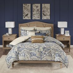 Cool coastal hues give the Hampton Hill Urban Chic Comforter Set a look that's classic, yet casual. The comforter's oversized paisley pattern in energetic blues with a touch of soothing neutrals makes a beautiful bed, paired with its coordinating accents. Navy Bedding, Blue Comforter Sets, Queen Size Bedding, Bedding Sets, Bedroom Comforters, Online Bedding Stores, Bed In A Bag, Urban Chic, Home Decor