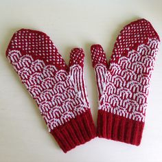 Waves Mittens by tincanknits