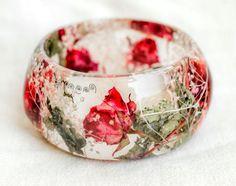 Resin Jewelry. Real Rose Bangle Bracelet. Real flower bangle. Botanical bracelet. Bohemian chic bracelet. L size bracelet. Dried flowers