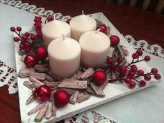 Holiday Red Candlestick Art Design Ideas Candlestick is an essential accessory to create a amazing mood that can create a holiday atmosphere in our home. Here are more than 50 ideas share to you. Christmas Advent Wreath, Christmas Table Centerpieces, Noel Christmas, Christmas Candles, Xmas Decorations, Rustic Christmas, Christmas Crafts, Christmas Wonderland, Theme Noel