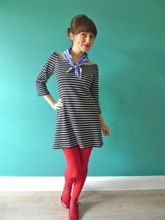 Maak dit kleedje zelf met 'Love at first stitch'   100% naaiplezier voor beginners en gevorderden: http://www.wpg.be/manteau/love-at-first-stitch