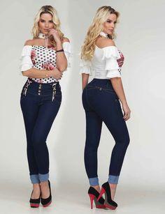 Fashion Moda, All Fashion, Latest Fashion Trends, Womens Fashion, Sexy Jeans, Moda Online, Classy Women, Girl Model, Jean Outfits