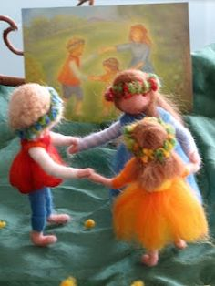 Needle felted figures. Must learn how to do this!!!!