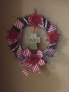 A simple wreath! Jesus is the reason for the season!!